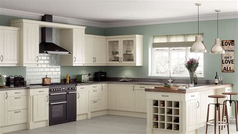 kitchen classic cabinets luxury classic kitchens chelmsford brentwood essex 3356