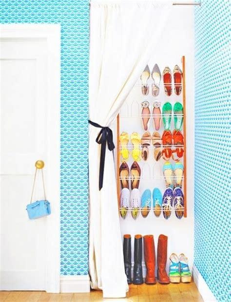Schuhregal Mit Vorhang by Wie K 246 Nnen Sie Ein Schuhregal Selber Bauen Diy M 246 Bel