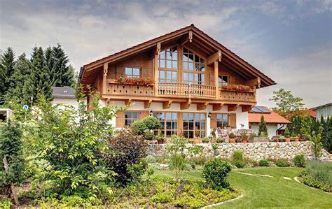 Moderne Häuser Mit Holzfenster by Landhaus Mit Stil Moderne Landh 228 User Bietet Viel Freiraum