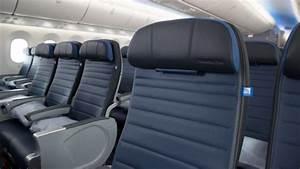 United Airline Premium Economy Boeing