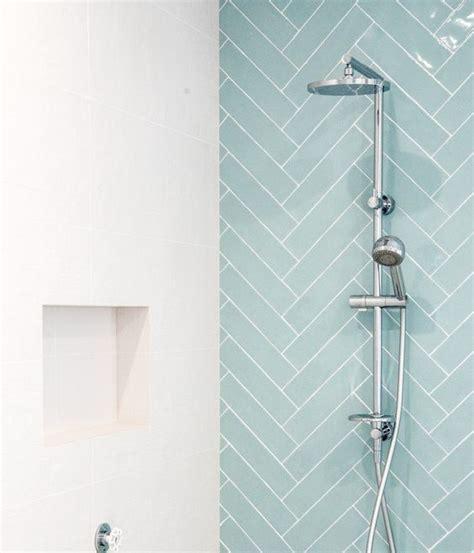city  tile seagreen zeegroen turquoise visgraat tegel    cm badkamer inspiratie