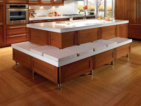 Furniture: Make A Wonderful Kitchen By Using Kraftmaid