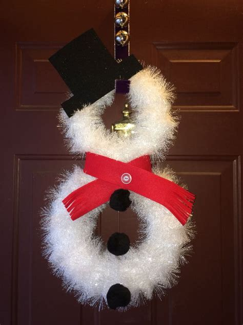 26 DIY Tutorials and Ideas to Make a Snowman Wreath | Guide Patterns