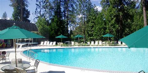 Sequoia Woods Golf Club