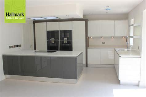 Fitted Kitchen Design  Kitchen Decor Design Ideas