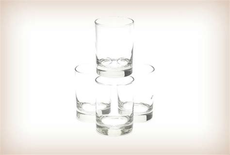 Essential Barware To Keep All Your Drunk Relatives Happy