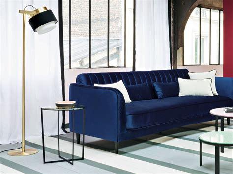 déco canapé canapé en velours entre vert et bleu notre cœur balance