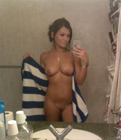 kentucky girls topless selfies