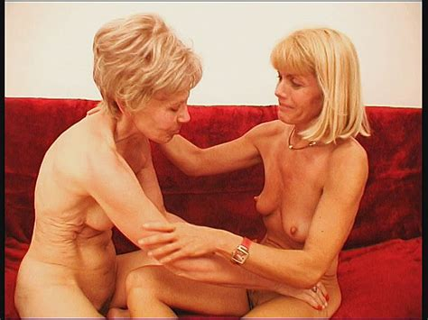 Blonde Mature Lesbians Pussy Licking And Seducing Them
