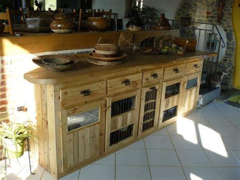 meuble cuisine en palette palettes en bois idées de bricolage de meubles