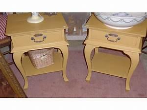 Table De Chevet Jaune : paire de tables de chevet laqu jaune et pied ~ Melissatoandfro.com Idées de Décoration