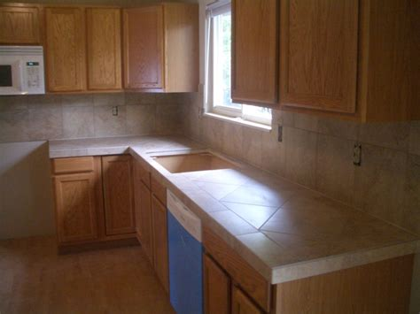 kitchen counter top tile ceramic tile kitchen countertops and backsplash