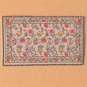 tapis fleurs With tapis à fleurs