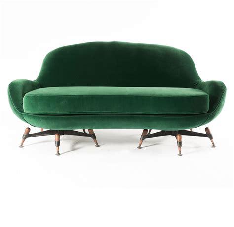 sofa con respaldo sinonimo anonymous sofa by ipe 1960s historia del mueble