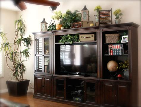 Top Of Large Entertainment Center Studiouslook Old Books
