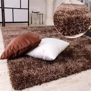 tapis shaggy haut poil long poil legerement mele en marron With tapis poil haut