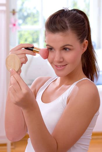 school makeup  blush  bronzer