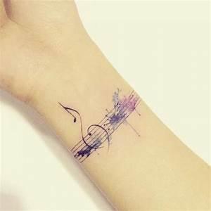 Tatouage Femme Poignet : tatouage de femme tatouage notes de musique aquarelle ~ Melissatoandfro.com Idées de Décoration