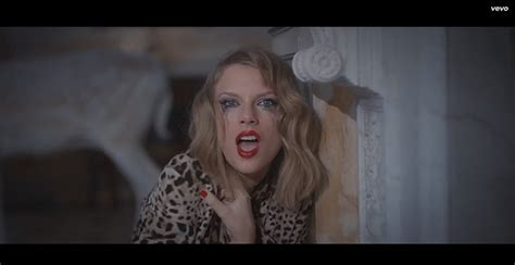 """Taylor Swift Goes Crazy in """"Blank Space"""" Music Video ..."""