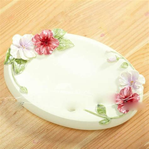 modern oval shaped carved floral soap dish  bathroom