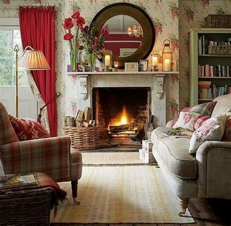 Cottage Room With Amaryllis Bulbs On The Mantel Living