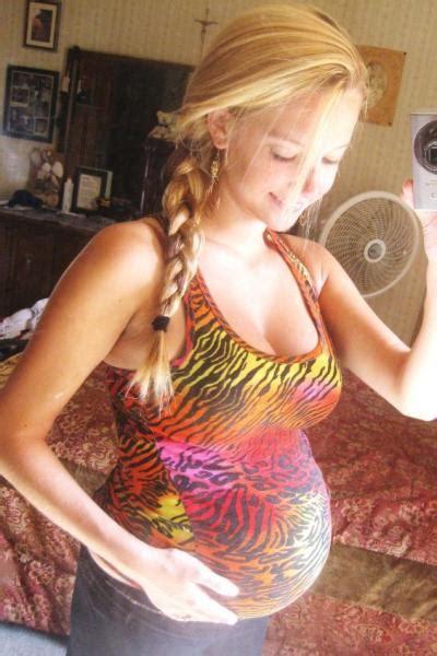 Cute Pregnant Teen Selfie Tumbex