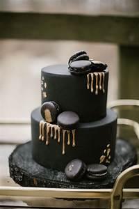8 Enchanting Wedding Cake Trends for 2019 | Junebug Weddings