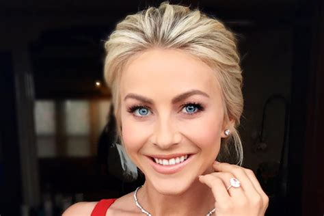 Julianne Hough ? Welcome to the official site of Julianne