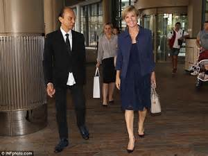 easter dresses julie bishop catches up with world renowned shoemaker