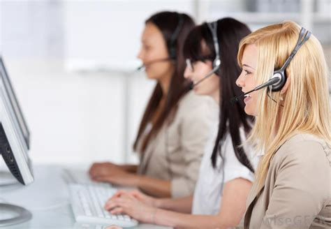 how to become a phone operator how do i become a telephone operator with picture
