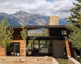 Spectacular Modern House Small by House And Artist S Studio Embracing Spectacular Views In