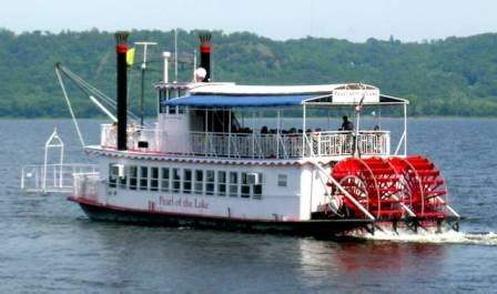 Mississippi River Boat Cruise Wisconsin by Mississippi River Boat Cruises
