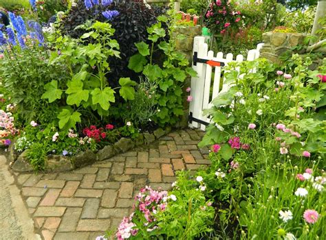English Cottage Garden Plans Ideas