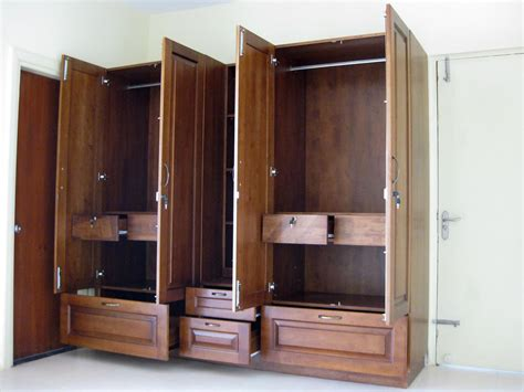 Furniture White Wooden Wardrobe Closet With Five