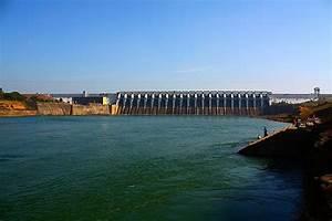 Bargi Dam on the river Narmada, near Jabalpur.
