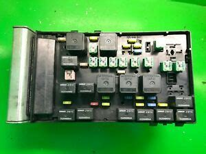 Fuse Box In Chrysler Voyager by Chrysler Grand Voyager Engine Bay Fuse Box Ecu 04727480ac
