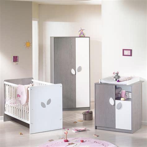 chambre de bebe complete chambre bébé trio leaf gris blanc 3 éléments de sauthon