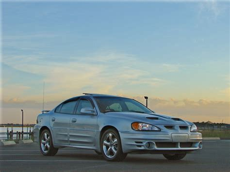 Bouchie11982 2003 Pontiac Grand Am Specs, Photos