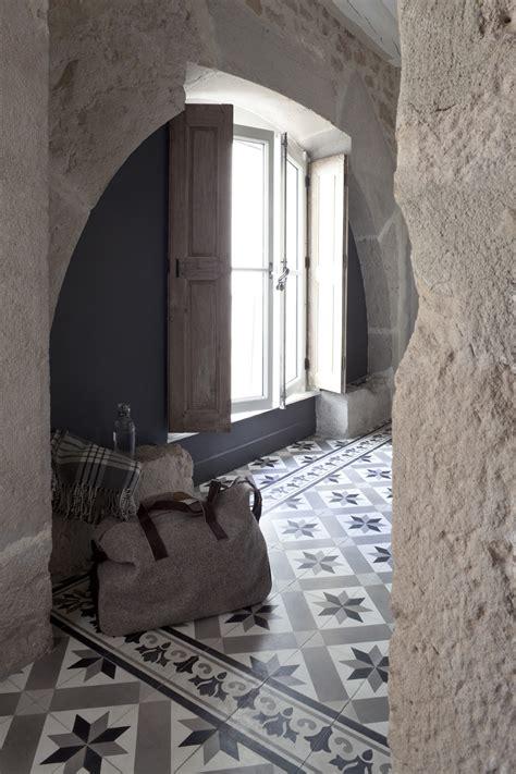 carreaux de ciment d 233 cor formes g 233 om 233 triques 20x20 cm gris