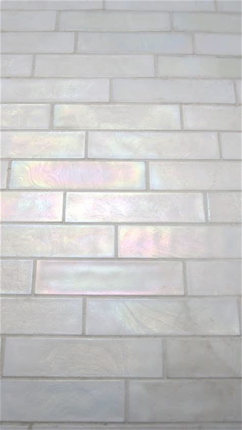 Of Pearl Subway Tile Uk by 25 Best Ideas About Iridescent Tile On Glass