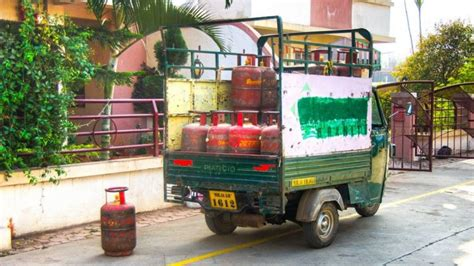 No Home Delivery Of LPG Cylinder If You Don't Have OTP ...