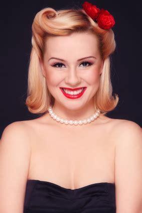 Simple 1940s Hairstyles by Hairstyle 1940s Hairstyles