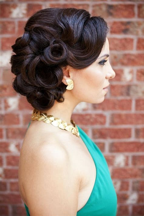 vintage hairstyle via stylecraze com the merry bride