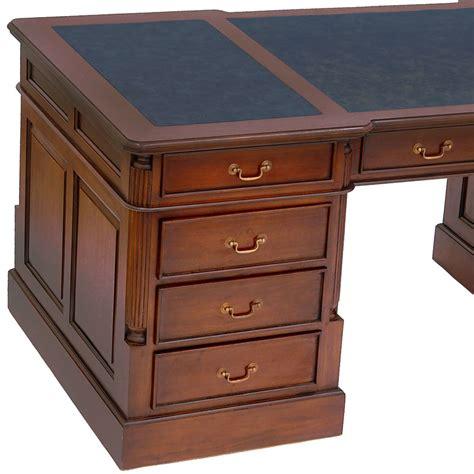 le de bureau style anglais bureau style anglais victorien acajou wingfield meuble