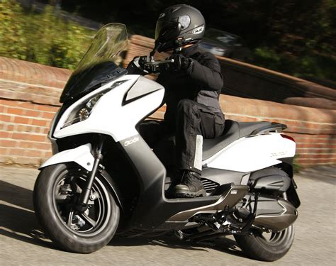 Kymco Picture by 2012 Kymco Downtown 300i Picture 468722 Motorcycle
