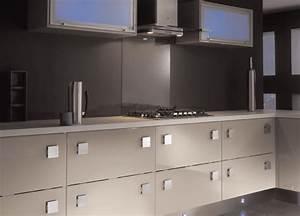 Conseil couleur peinture et faience pour une cuisine for Couleur peinture salon taupe 8 couleur de faience pour cuisine moderne