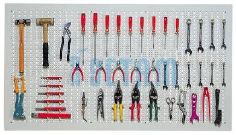 panneau mural porte outils h 800 x l 2000 mm avec 70 crochets setam