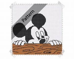 Teppich Knüpfen Vorlagen : mickey mouse minnie disney crochet knit von thewoodenchest mickey pinterest ~ Eleganceandgraceweddings.com Haus und Dekorationen