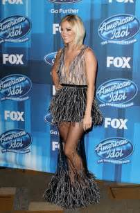 Carrie Underwood American Idol Finale 2016