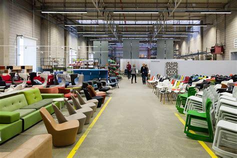 Vitra Factory Sale 2017 by 全歐青年瘋狂掃貨 瑞士家具名品vitra 2015 Factory Sale Everyday Object